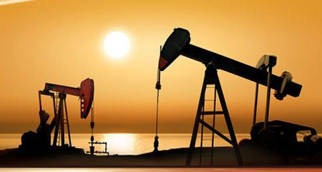 Petrol 3 ayın zirvesi civarında seyretti