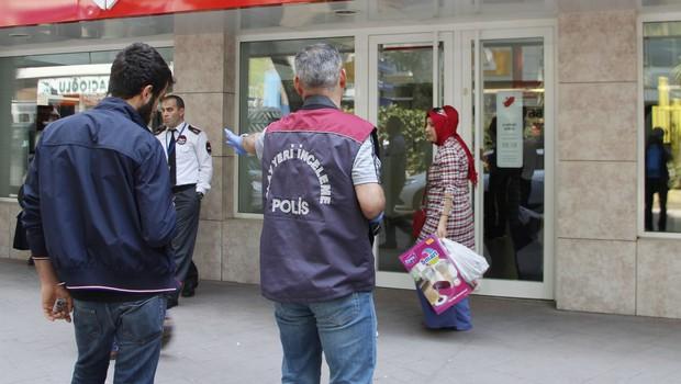 İzmit'te banka soygunu!