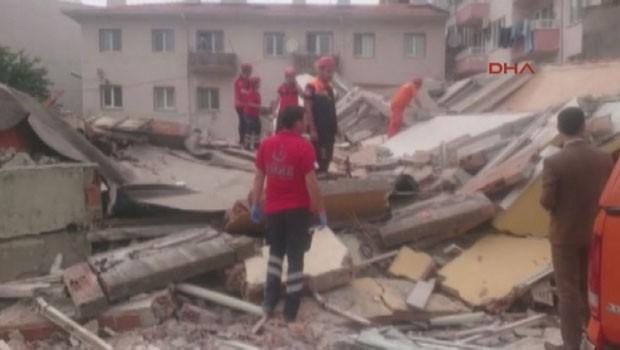 Çanakkale'de 5 katlı bina çöktü!