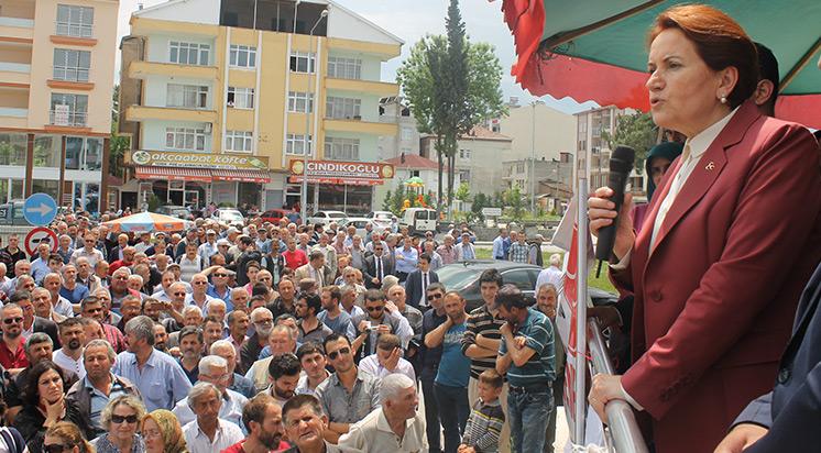 Akşener Sinop'ta konuştu