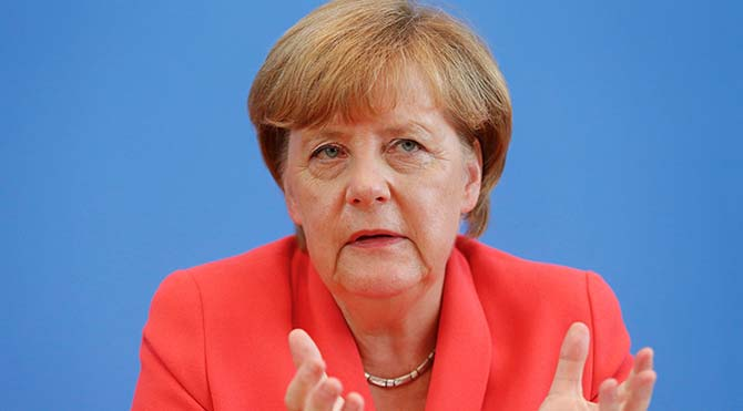 Merkel: Türkiye ile ilişkilerimiz güçlüdür