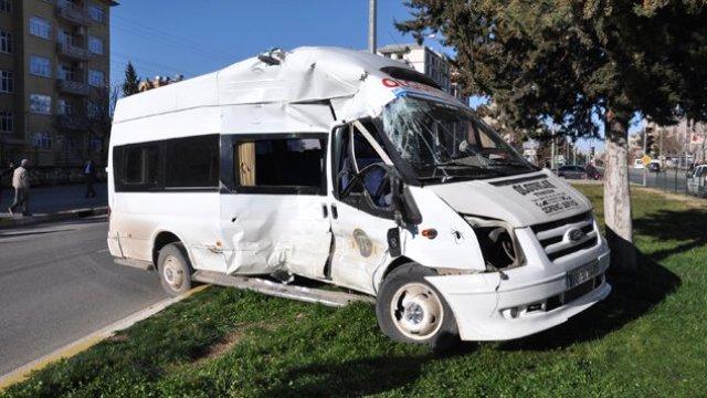 Ankara'da feci kaza! 3 öğrenci ölü