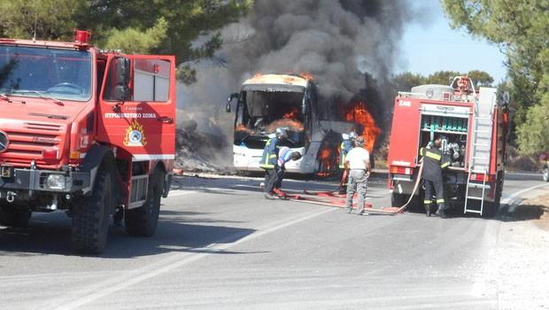 11 Türk yolcu ölümden döndü