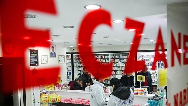 Eczacılar Suriyelilere ilaç vermeyecek