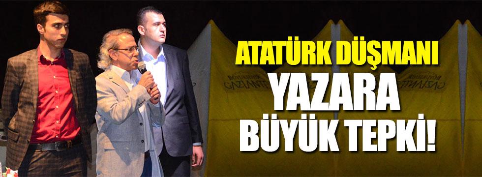 Atatürk düşmanı 'tarihçi' Gaziantep'te protesto edildi!