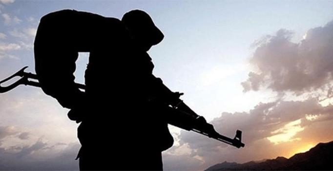 Şemdinli'de çatışma, yaralı askerler var