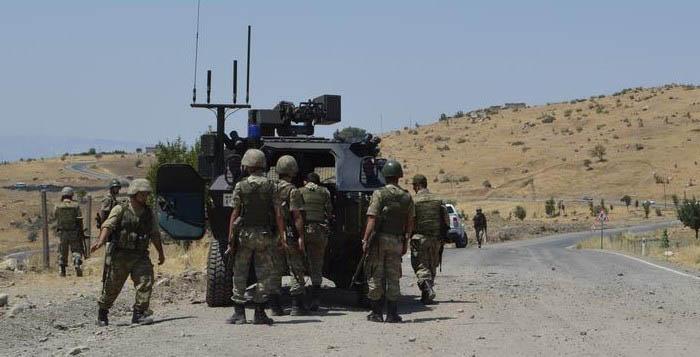 Askeri araca roketatarlı saldırı