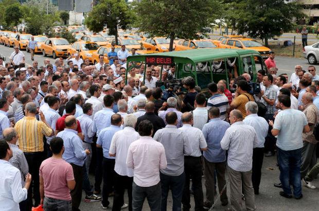 Taksiciler '100 dolar' iddialarına tepki gösterdi