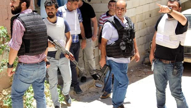 Gaziantep'te polisi başından vurdular!