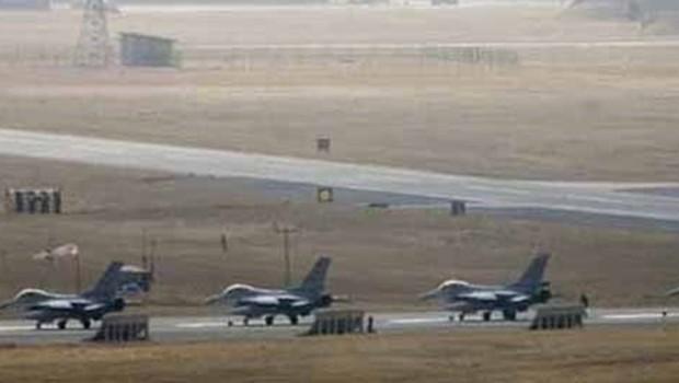 Eskişehir'de 3 askeri pilot yakalandı