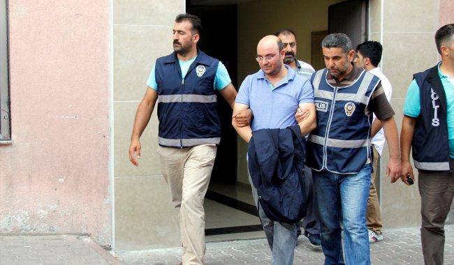 Üniversite'de FETÖ operasyonu: 63 gözaltı