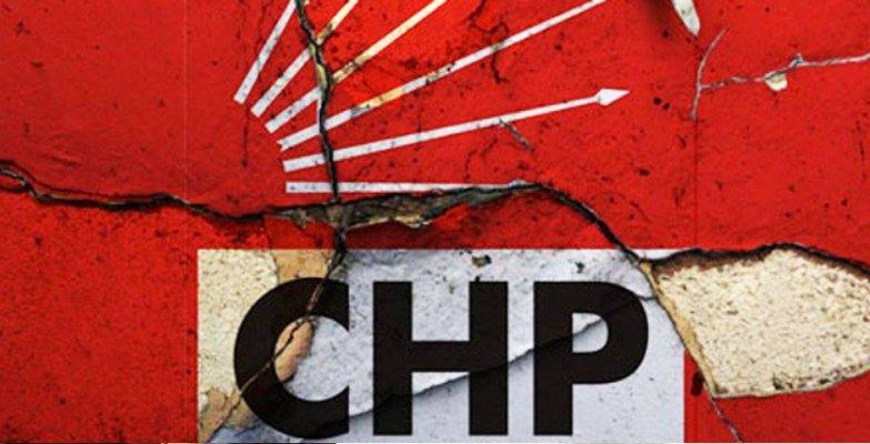 CHP İzmir'de istifa depremi