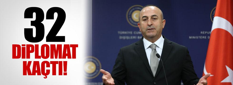 """Çavuşoğlu, """"32 diplomat dönmedi"""""""