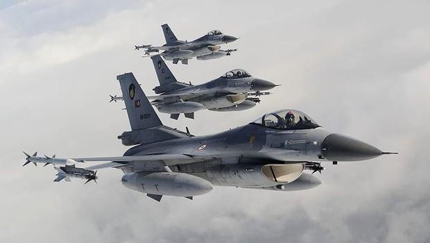 Saldırı hazırlığındaki PKK'lılara hava harekatı