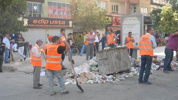 Batman'da çöpler polis eşliğinde toplanıyor