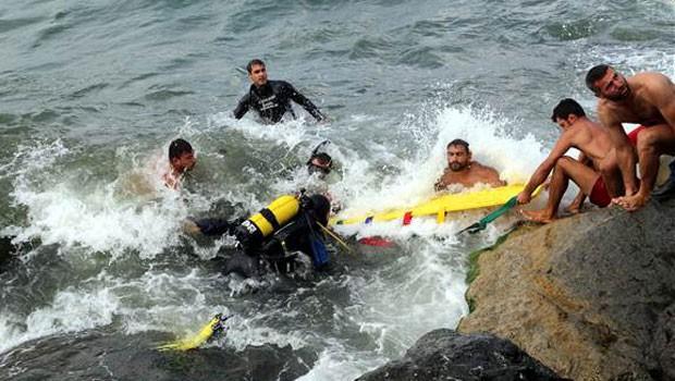 Samsun'da deniz bir aileyi yuttu