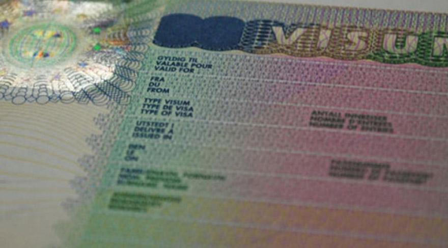 Türkiye'ye vize serbestisi için tarih verdi