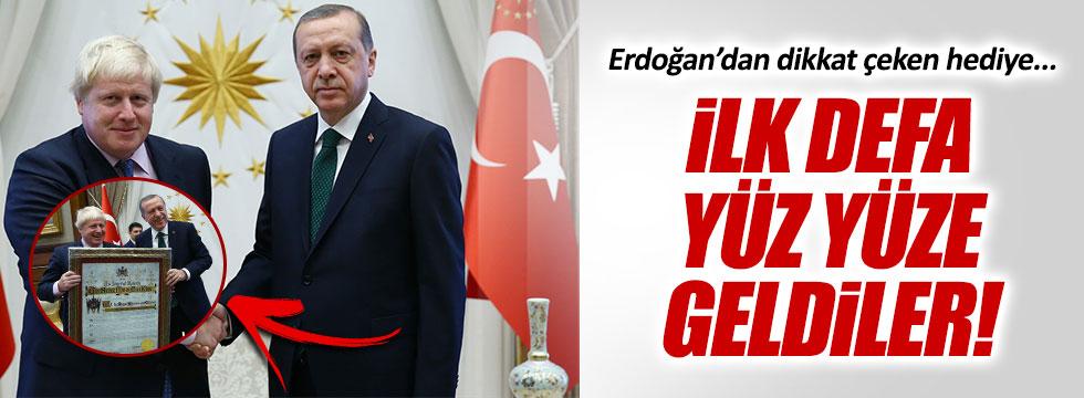 Erdoğan'dan Boris Johnson'a hediye