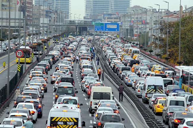 Trafikte bunu yapana 2700 TL ceza