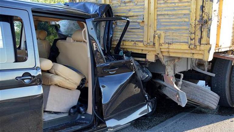 Bakan'ın kardeşi kaza geçirdi