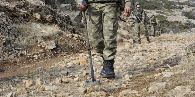 Bingöl'de 1 ton patlayıcı bulundu