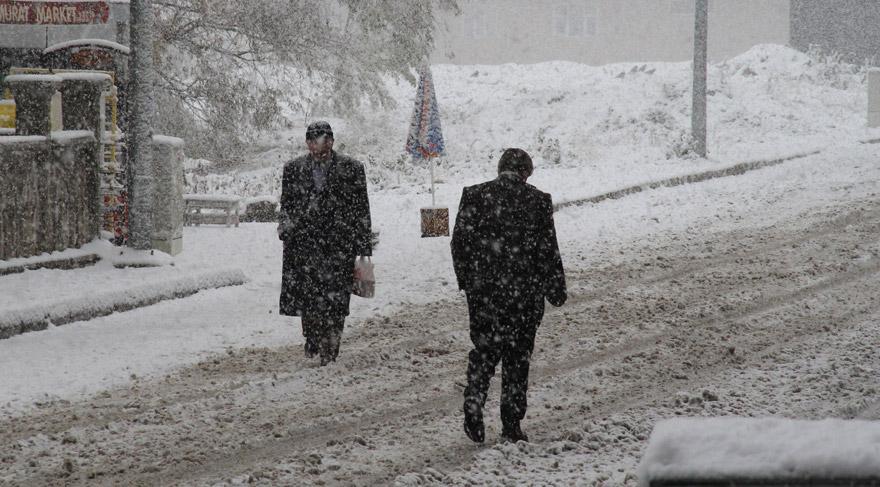 Yılın ilk kar tatili haberi Ağrı'dan