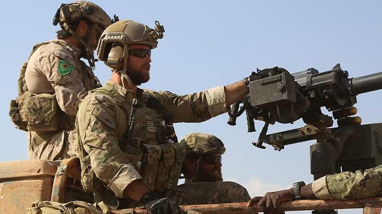 """""""YPG'yi eğiterek ateşle oynuyoruz"""