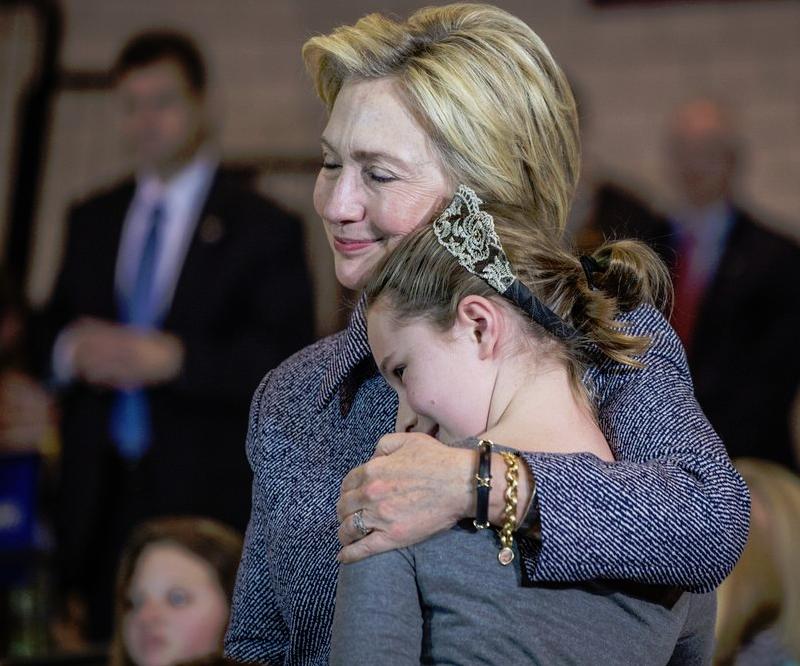 Clinton'dan seçim tweeti