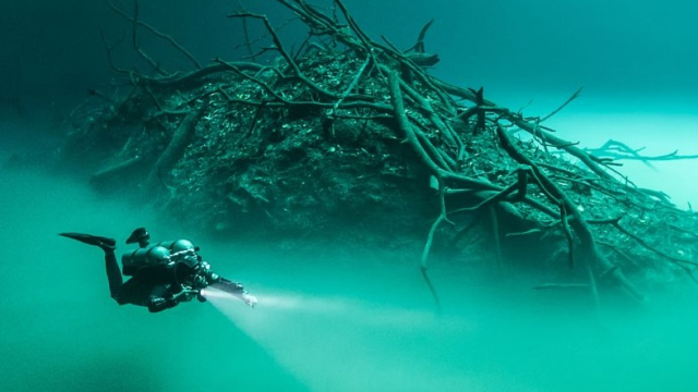 Meksika'daki gizemli gölün sırrı çözüldü
