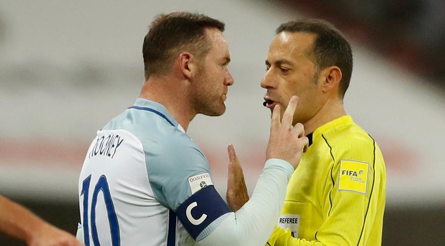 Rooney, Çakır'ın üzerine yürüdü