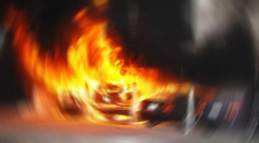 PKK yine araç kundakladı