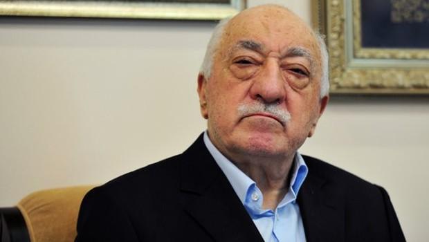 Gülen'e 2 bin TL para cezası!