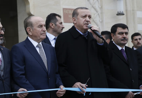 Cumhurbaşkanı Erdoğan cami açılışı yaptı