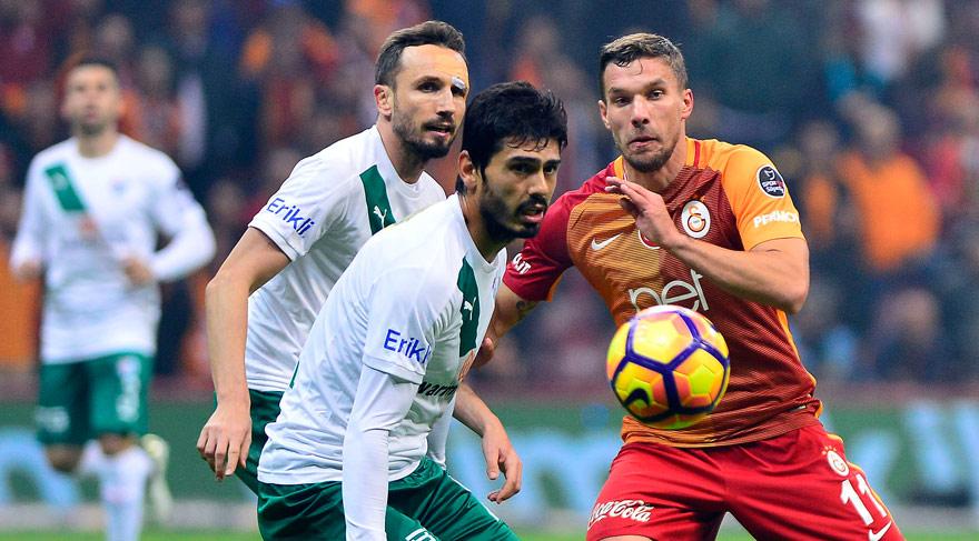 Çin kulüpleri Podolski'nin peşinde