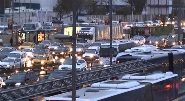 İstanbul'da sabah trafiği kabusu!