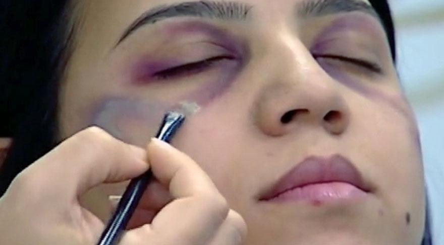 Devlet televizyonundan tepki çeken makyaj