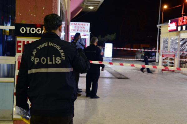 Otogarda bıçaklı kavga: Ölü ve yaralılar var