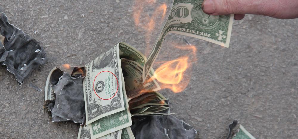 Sahte 'Dolar'la protesto