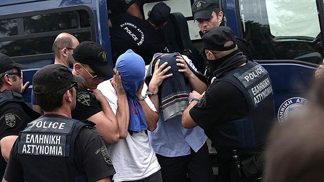 Yunanistan'dan darbeci askerlerle ilgili karar