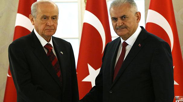 AKP ve Bahçeli Başkanlık açıklaması yapacak