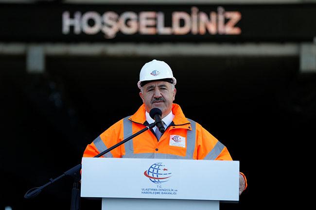 Ankette Atatürk çıkınca Avrasya Tüneli'nin isminde u dönüşü yaptılar
