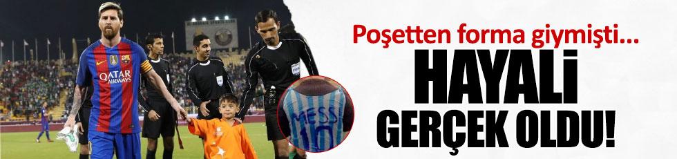 Poşetten Messi forması giyen Murtaza, kahramanına kavuştu