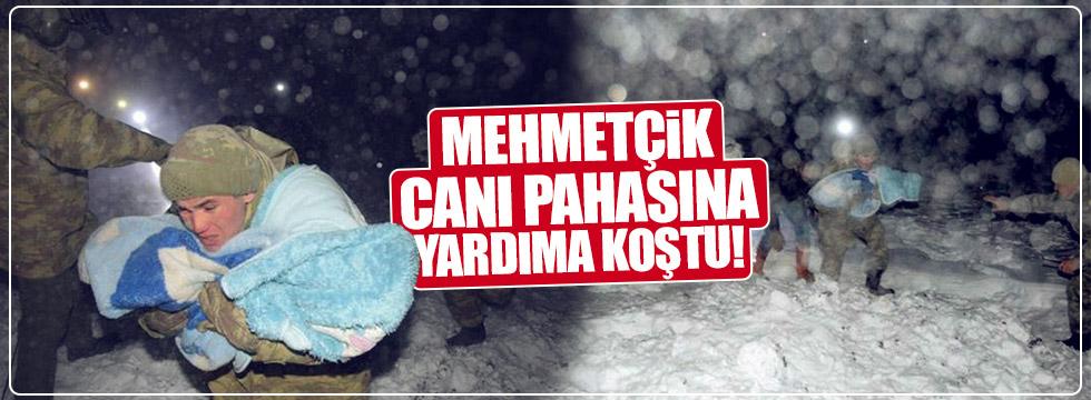 Mehmetçik canı pahasına yardıma koştu