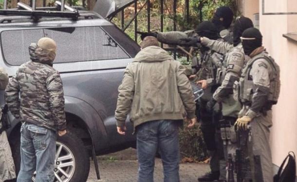 NATO denetçisi aracında ölü bulundu