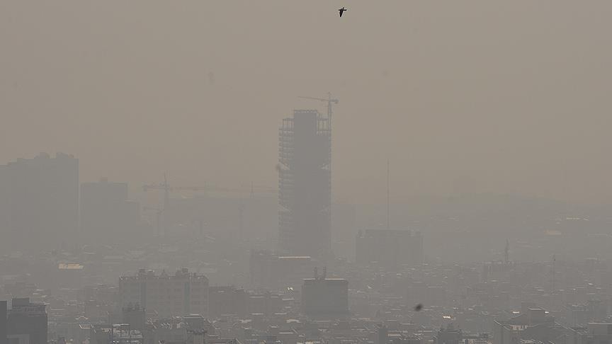 Hava kirliliği yüzünden okullar tatil edildi