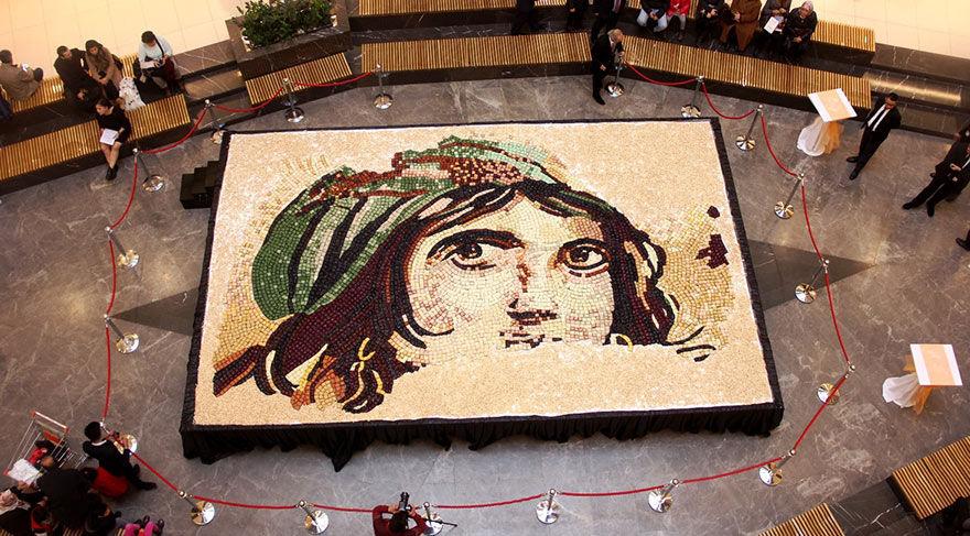 6 bin 160 baklava dilimiyle mozaik rekoru