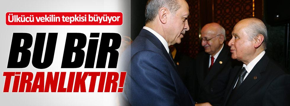 """MHP'li vekillerin 'Yeni Anayasa"""" tepkisi sürüyor!"""