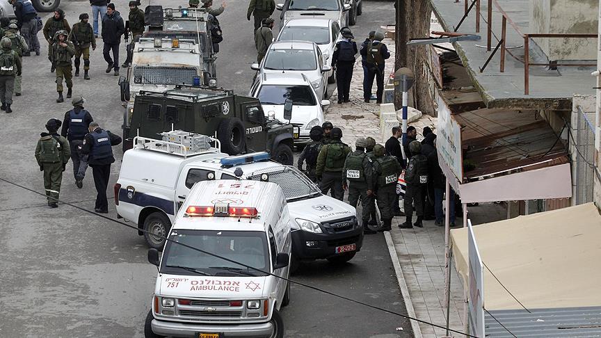 İsrail'de kamyon askerlerin bulunduğu alana girdi