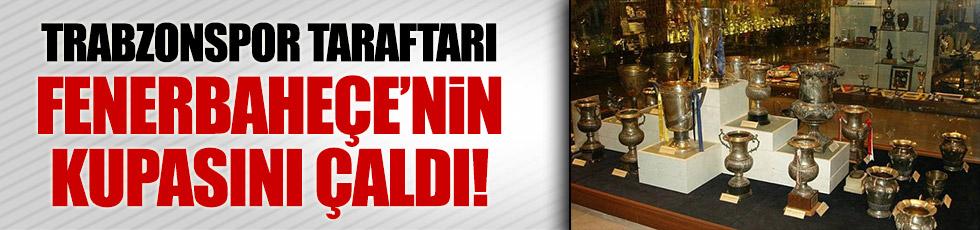 Trabzonsporlu taraftar Fenerbahçe'nin kupasını çaldı