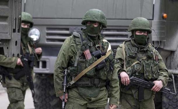 Kırım'da kriz sürüyor